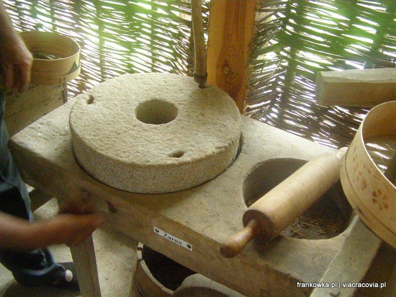 Żarna - tak dawniej wytwarzano mąkę...